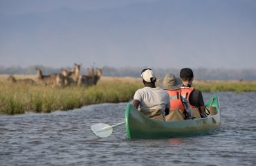 Canoeing activities are a speciality at Mana Pools