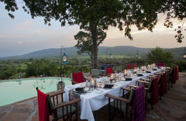Enjoy al fresco dining at Beho Beho whilst scanning the never ending views of the Selous.