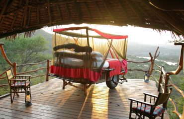 Loisaba Star Beds offers spectacular early morning views over the Loisaba Conservancy