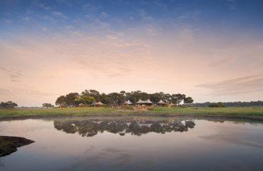 Somalisa Acacia Camp sits proudly on its own acacia island, enjoying panoramic views of Hwange's wilderness.